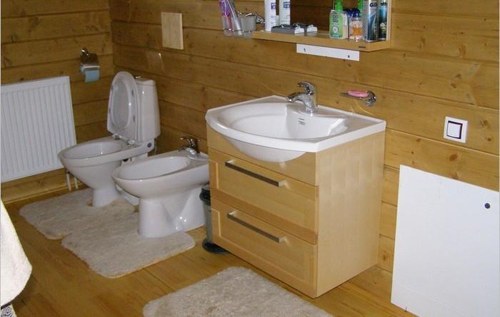 Туалет и ванная в частном доме своими руками 43