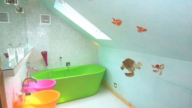 Дизайн ванной красками