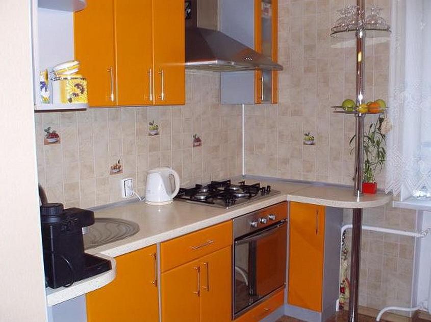 Кухня 6 5 кв м дизайн с холодильником