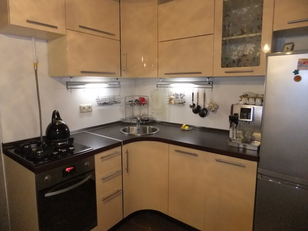 Дизайн кухни в 6 м кв 79