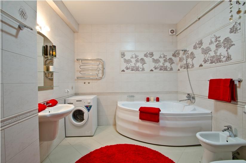 Дизайн угловой ванной в квартире