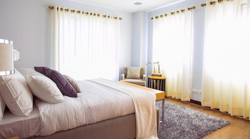 Интерьер спальной комнаты. Мебель для спальни.