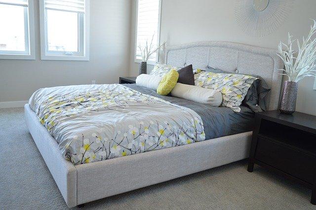 Кровать на основе ДСП